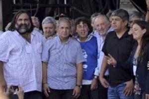 Preparan un gran acto opositor en el Obelisco contra el FMI