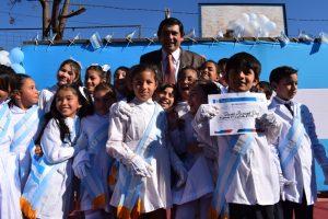 Losada: «Belgrano no sólo nos dejó esa enseña celeste y blanca que miramos con pasión, sino la idea de ser libres como Nación».