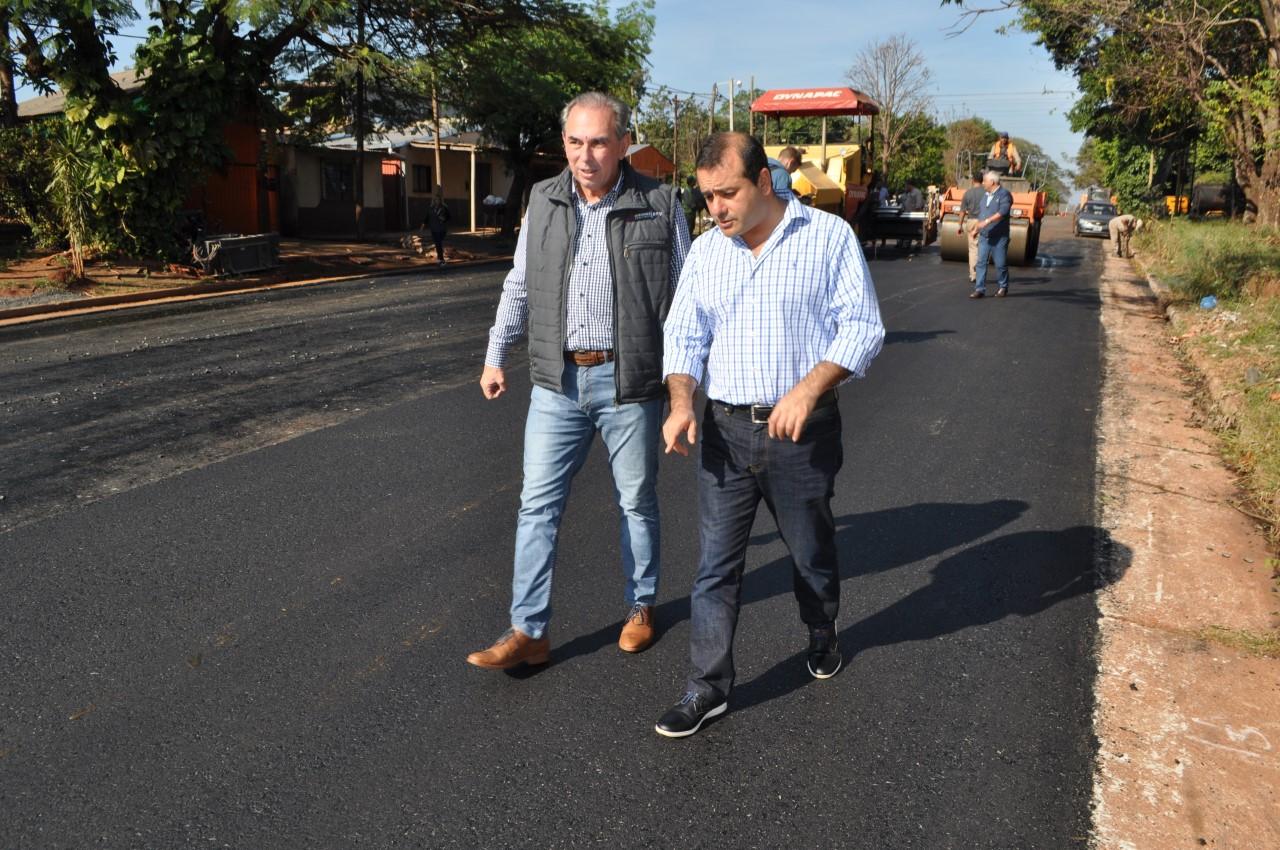 Vialidad asfalta avenidas de Posadas