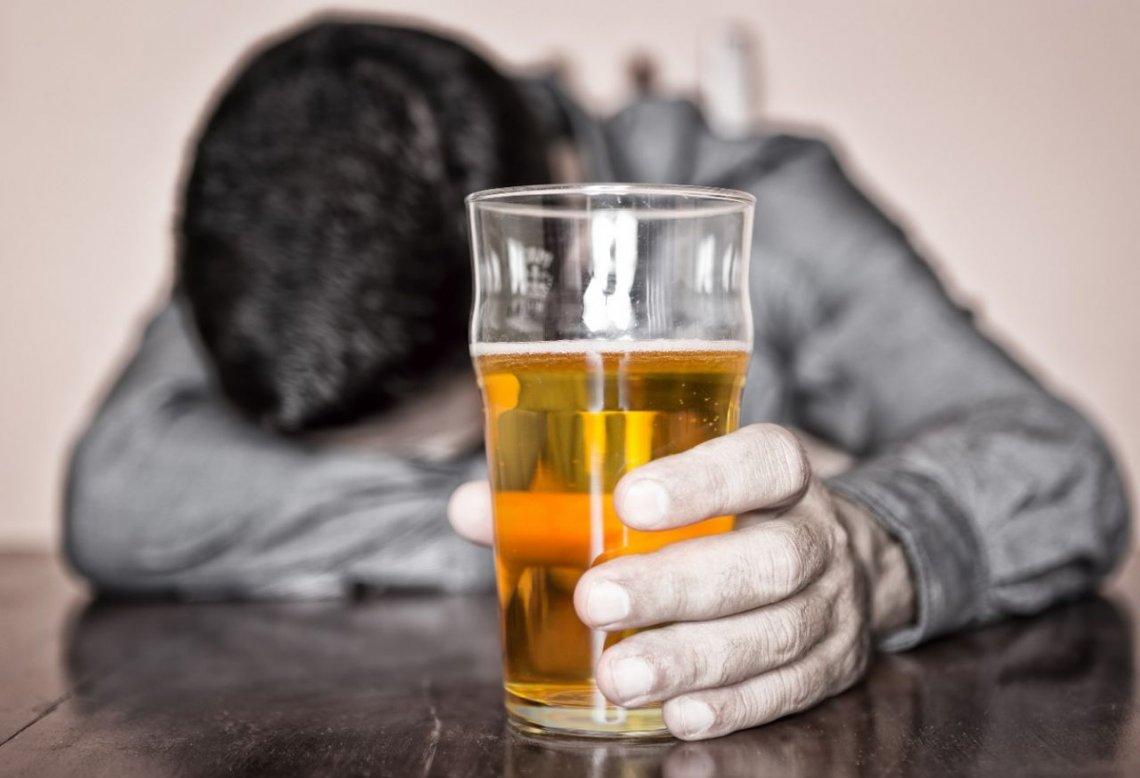 El exceso de alcohol puede causar más de 60 enfermedades