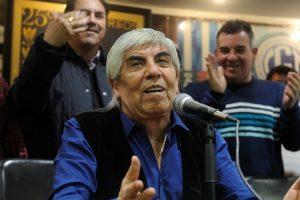 Moyano afirmó que Macri quiere «destruir» a los gremios «para que no defiendan a los trabajadores»