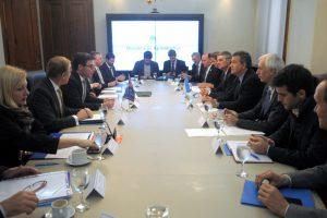 En el marco de las reuniones del G-20 se busca fortalecer las relaciones bilaterales con Australia y Sudáfrica