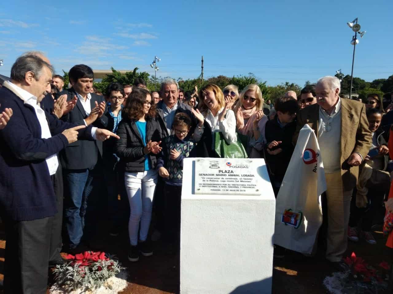 Realizaron un emotivo homenaje al ex senador Mario Losada