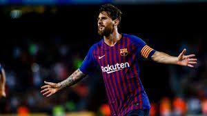 Messi marcó un doblete e igualó a Bianchi
