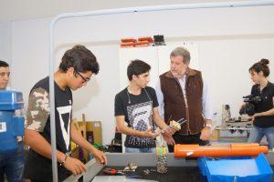 El ministro de Ciencia, Tecnología e Innovación de Buenos Aires catalogó a la Escuela de Robótica como un caso de éxito