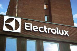 La fábrica de heladeras Electrolux licenció a todo su personal por un mes