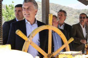 Según la revista Forbes, «Argentina está a un paso del colapso económico»