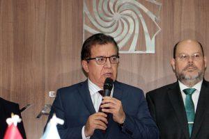 Fernández puso a Lanziani a renegociar la deuda de Yacyretá con Paraguay