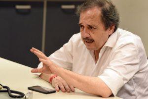 Radicales «rebeldes» exigen un nuevo Pacto Social