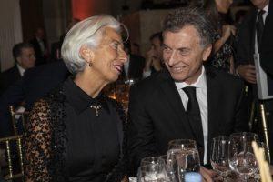 Récord: Macri acordó el endeudamiento más alto con el FMI, cuatro veces más que De la Rúa