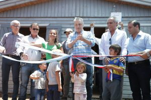 «Este es un acto de justicia social», remarcó Passalacqua al entregar viviendas a tareferos en San Vicente