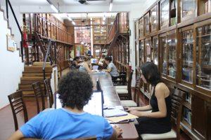 Ribeiro saldó parte de la deuda con la Biblioteca Popular, pero todavía falta y piden «que la empresa no especule»