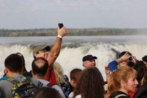 Dólar turista: destacan crecimiento en el turismo interno con Iguazú como favorito