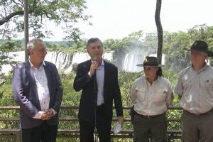 Macri en Iguazú: destacó al turismo como generador de empleo «federal y descentralizado»