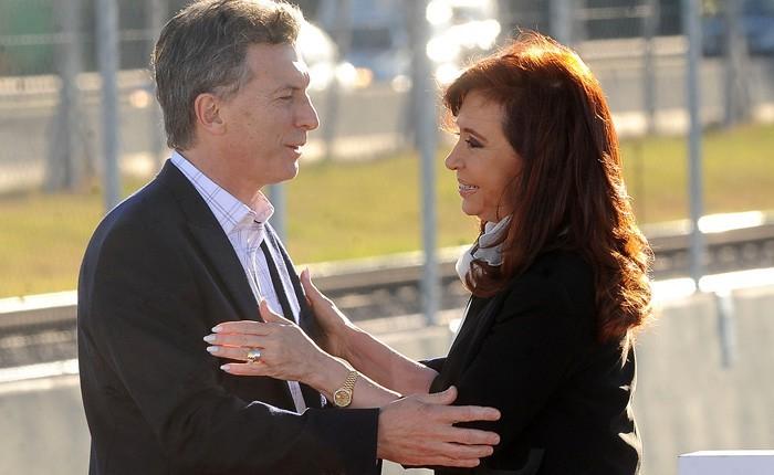Encuestas: para Poliarquia CFK es la que más «gusta» y para Taquion el 61,5% quiere que cambie el gobierno