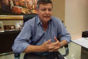 Para el gobernador Peppo el próximo presidente deberá convocar a un un gran acuerdo nacional