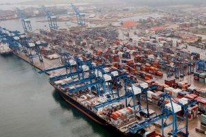 En Brasil, cambian el camión por barco