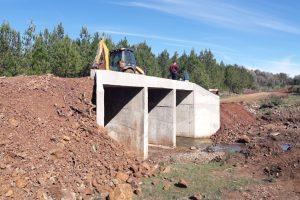 Vialidad inaugura dos puentes e inicia acceso pavimentado de Almafuerte