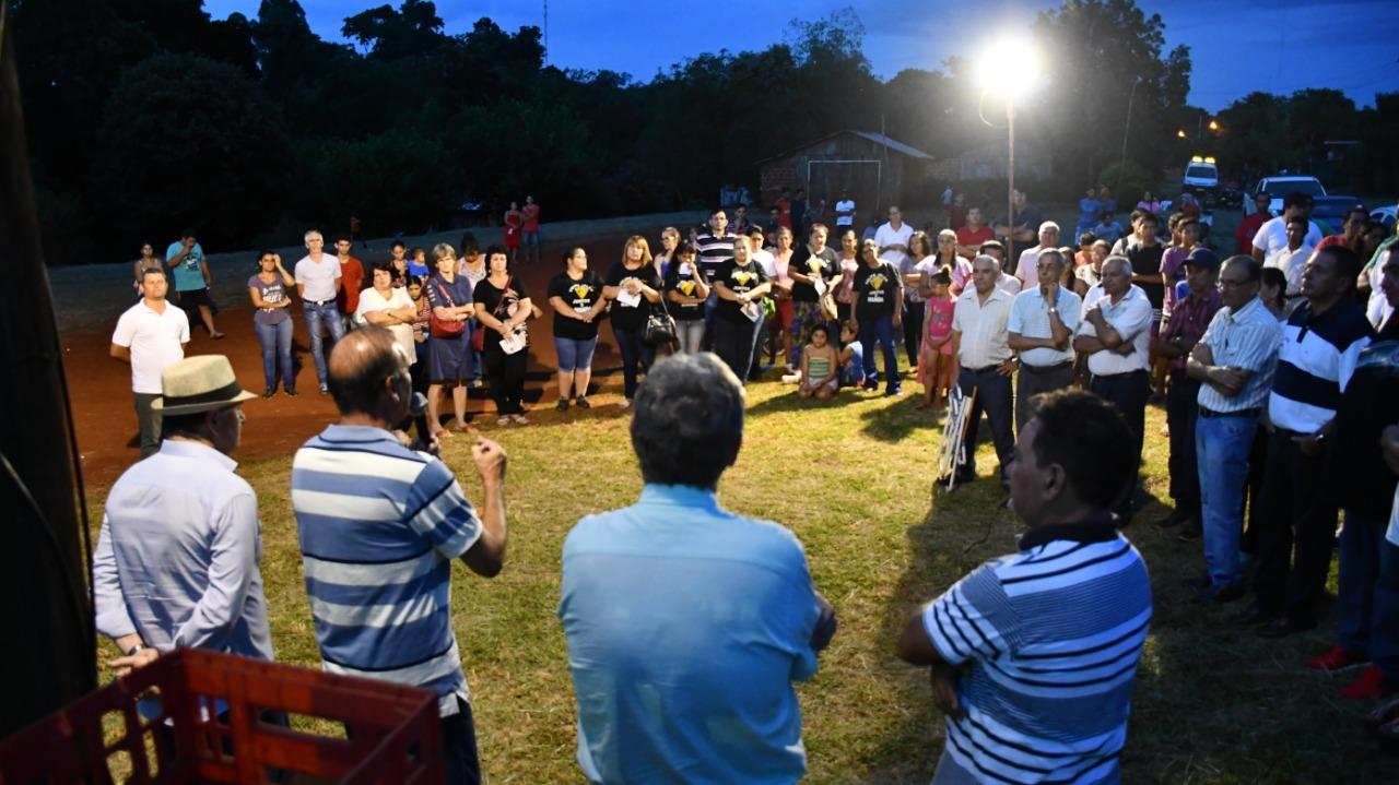 Wanda: firmaron convenio para construir un moderno playón deportivo en el barrio Lapachillo