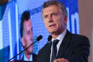 Encuestas: Cristina podría ganarle en segunda vuelta a Macri y se agiganta el fantasma de Lavagna en medio de la crisis