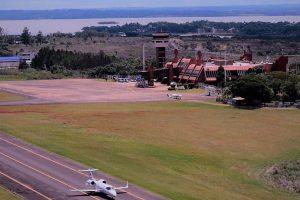 Pese al récord turístico y al auge «low cost», se achicó la cantidad de pasajeros que volaron dentro del país