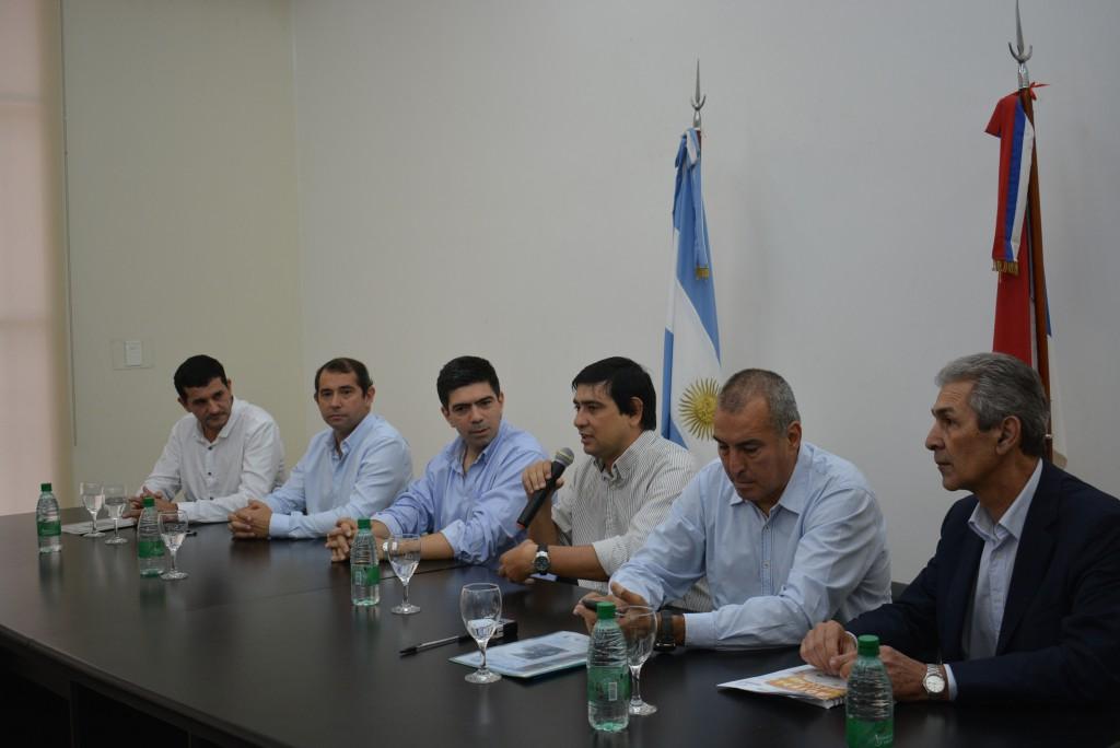 Capacitarán en «gestión y manejo de arbolado urbano» a los municipios