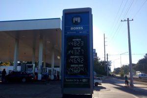 La nafta en Posadas roza los 50 pesos el litro