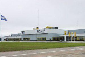 Renault sigue a Peugeot y suspende a 1500 operarios en Córdoba