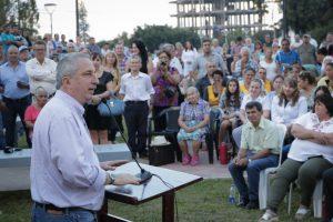 Passalacqua inauguró las obras de remodelación de la plaza de las pirámides en Campo Grande