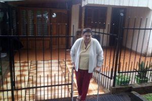 El Soberbio: La abandonó con 2 hijos, formó otra familia y ahora la hizo desalojar por la Justicia para quedarse con un cotizado terreno