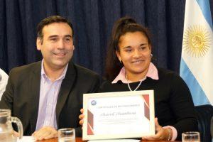 La Legislatura distinguió a jugadora de rugby femenino de un club posadeño