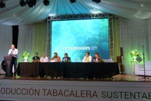 En San Vicente debatieron sobre como avanzar hacia una práctica tabacalera sustentable