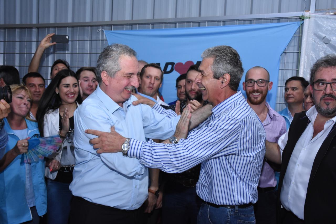 Fernández presentó su candidatura a la reelección en Oberá