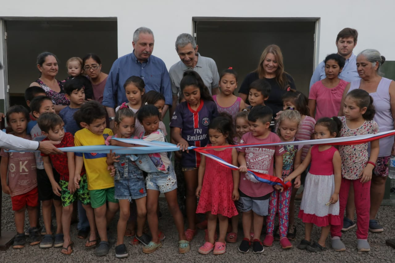 Passalacqua inauguró obras en el barrio Escondido de Oberá