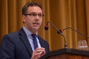 Sandleris: «No hay que confundir baja de tasas con relajamiento monetario»