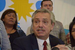 Alberto Fernández calificó de «falacia» al proyecto de Presupuesto de Macri y dijo que lo están «revisando»