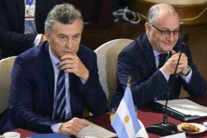 Macri pasó de la «lluvia de inversiones» a la catarata de importaciones