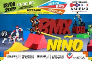 Exhibición de BMX en la Costanera de Posadas