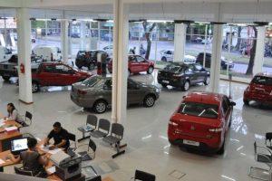 La venta de autos se desplomó en agosto y acumula una caída del 45% en lo que va del año