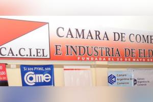 """Escándalo en reunión de comerciantes: empresaria de Eldorado acusó de """"ladrones y sucios"""" a sus pares de Iguazú"""