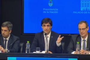 Macri pide reperfilar deuda con FMI y aplaza vencimientos de deuda