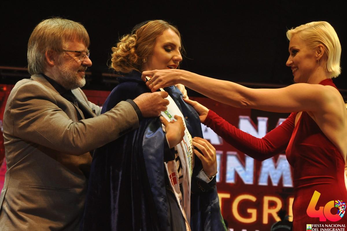 Jazmín Hultgren, de la colectividad Nórdica, es la nueva Reina de los Inmigrantes
