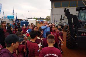 Passalacqua recorrió la Feria Forestal 2019 en su jornada inaugural