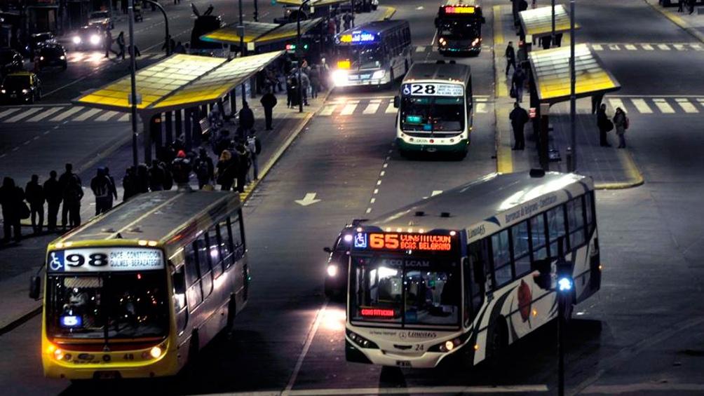Nación ofreció más subsidios al trasporte de pasajeros del Área Metropolitana de Buenos Aires