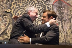 «Es profunda mi gratitud al Presidente de la Legislatura, Carlos Rovira, en estos cuatro años de gestión de Gobierno», recalcó Passalacqua
