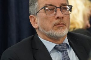 Aconsejan aprobar la designación de Daniel Cáceres al frente de la Tesorería General de la Provincia
