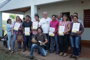 Passalacqua entregó viviendas rurales e inauguró un SUM en Itacaruaré