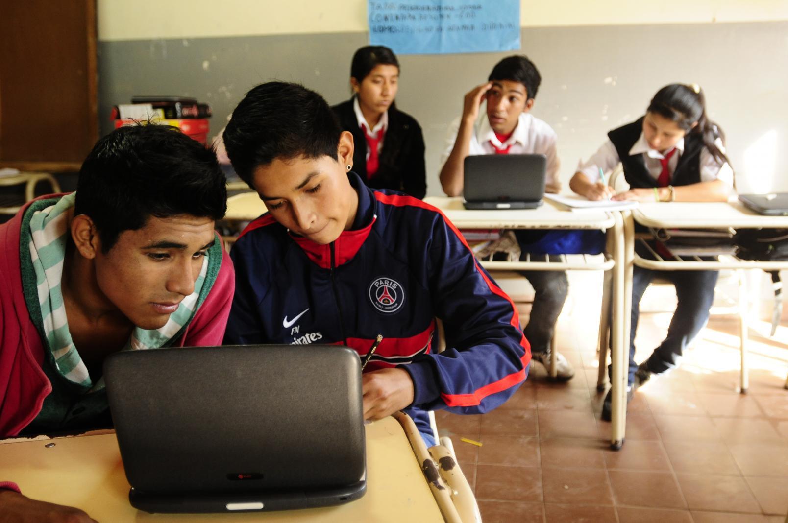 En el hotel Maiteí se realiza el encuentro regional de Escuelas Rurales mediadas por TIC