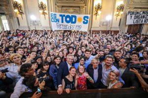 """Alberto Fernández: """"El Presidente Macri no debe saber pero la universidad pública dio 5 premios Nóbel"""""""