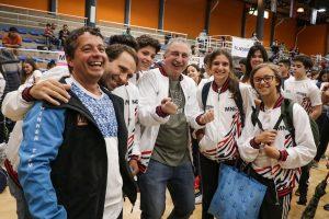 """""""El deporte hace mejores personas y el Estado debe estar ahí"""", dijo Passalacqua al despedir a la delegación misionera que participará de los Juegos Evita"""